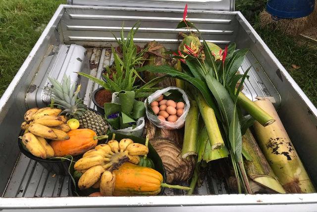 Carro con frutta e verdura